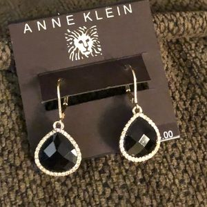 New ANNE KLEIN Drop Earrings